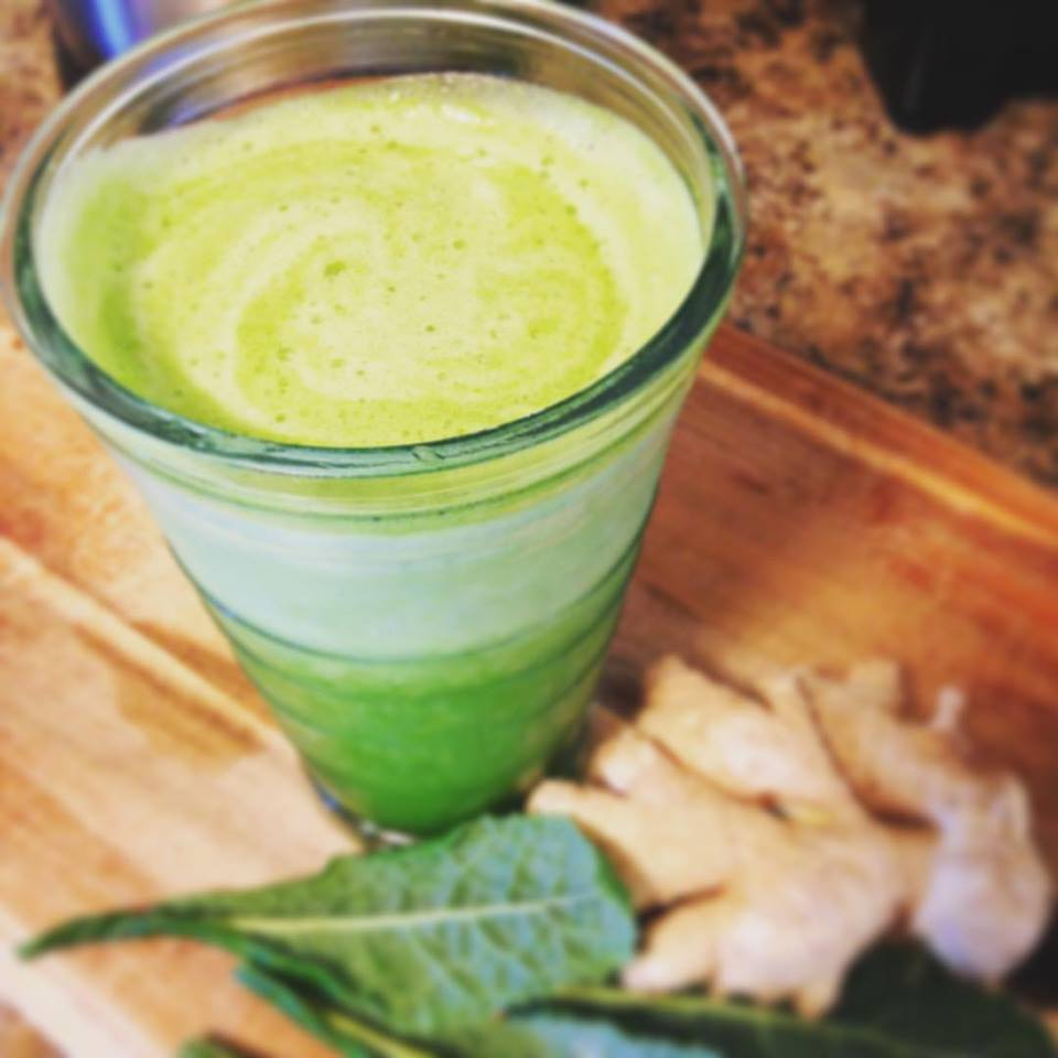 Pineapple Ginger Green Smoothie TCM Dampness Chinese Food Therapy